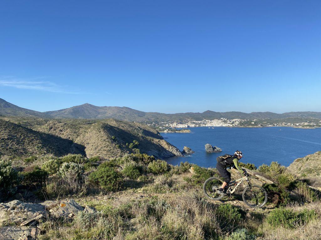 Cap de Creus lighthouse trail